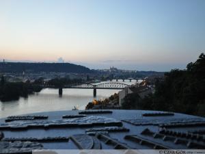 Widok na mosty na Weł'tawie