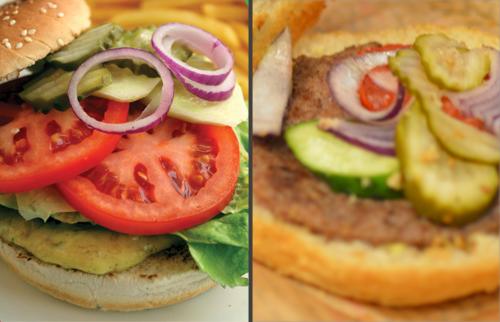 Hamburger Aconcagua. Prawa część zdjęcia przedstawia to, czego oczekiwaliśmy (na podstawie strony internetowej), lewa - co dostaliśmy