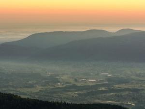 Świt w górach
