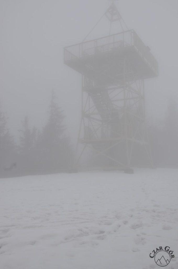 Wieża na Baraniej Górze w chmurze. Tym razem bez widoków...
