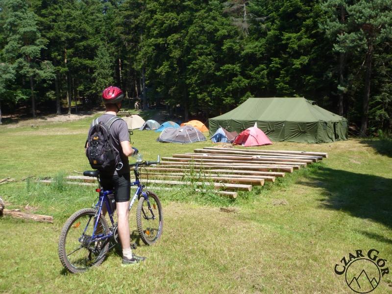 Baza namiotowa napotkana na trasie