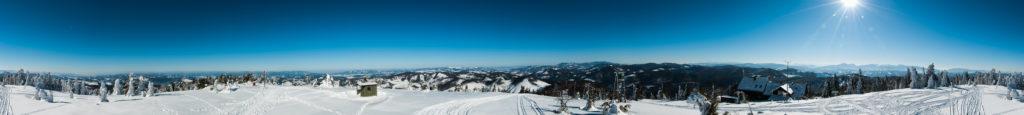 Zimowa panorama z Wielkiej Raczy