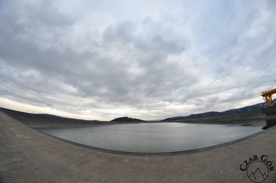 Zbiornik wodny Żar