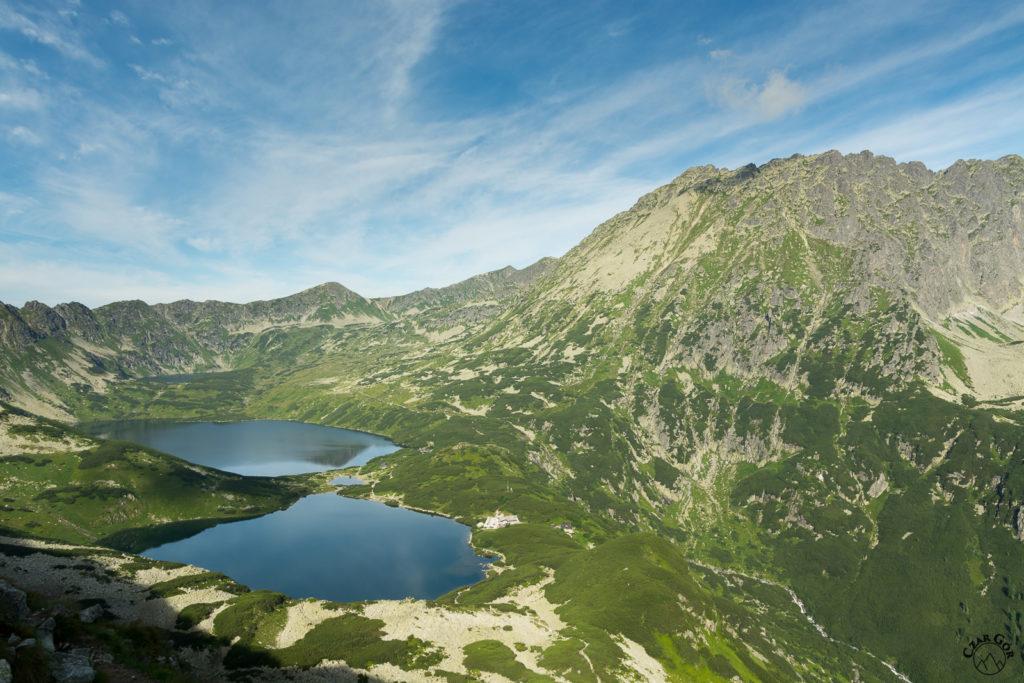 Dolina Pięciu Stawów Polskich z niebieskiego szlaku prowadzącego do Morskiego Oka