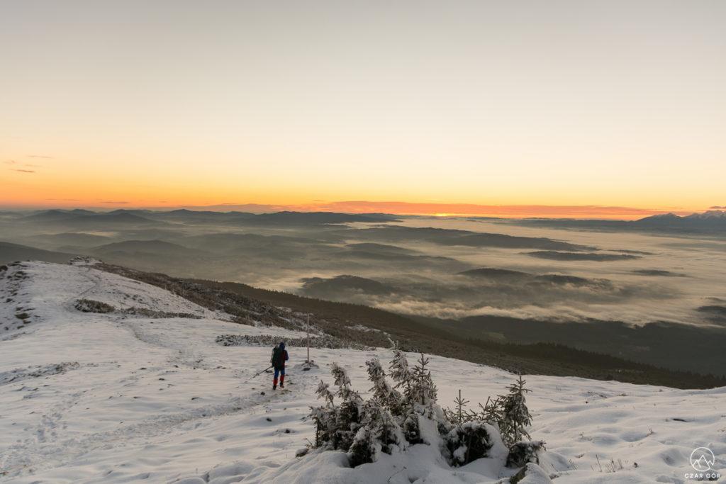 Wschodzące słońca z Babiej Góry