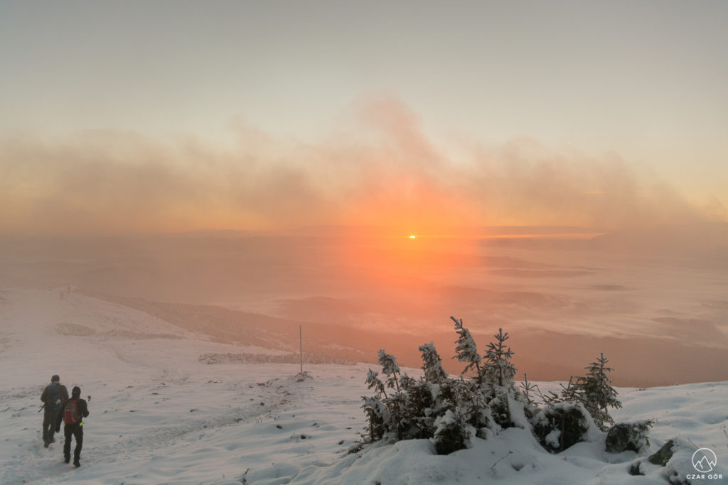 Spektakl słońca i chmur...