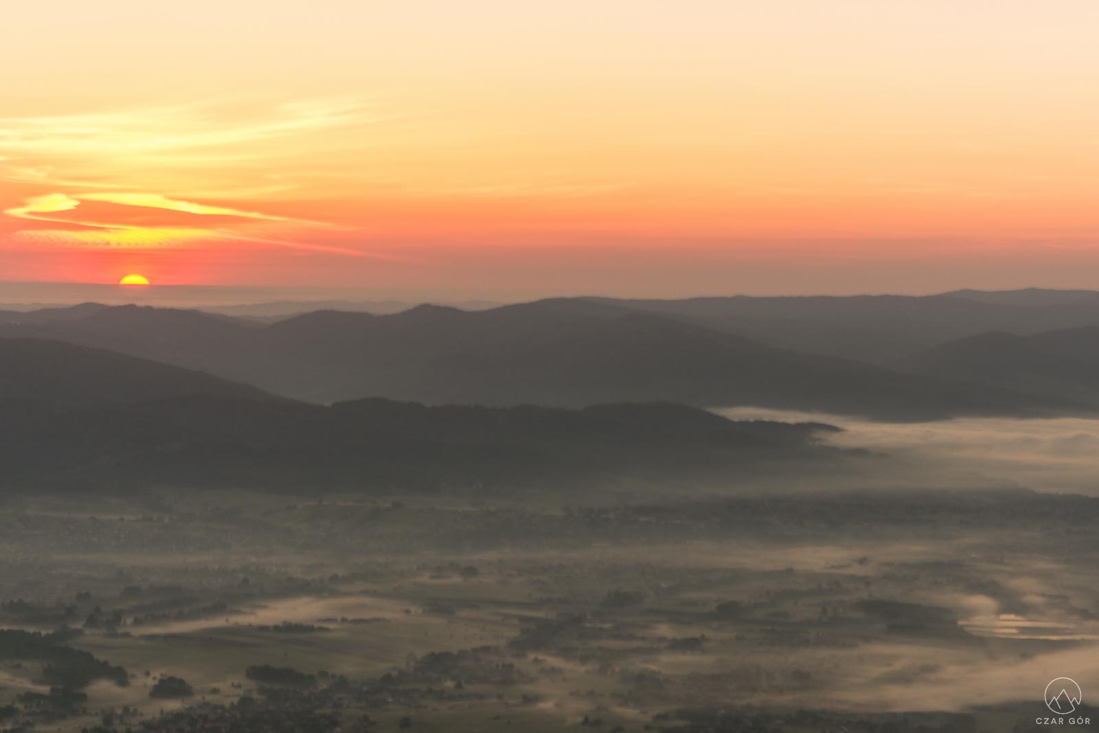 Wschód Słońca ze Skrzycznego