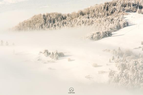 Dzień się budzi, mgły powoli ustępują