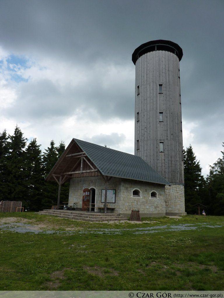 Wieża na szczycie Borówkowej
