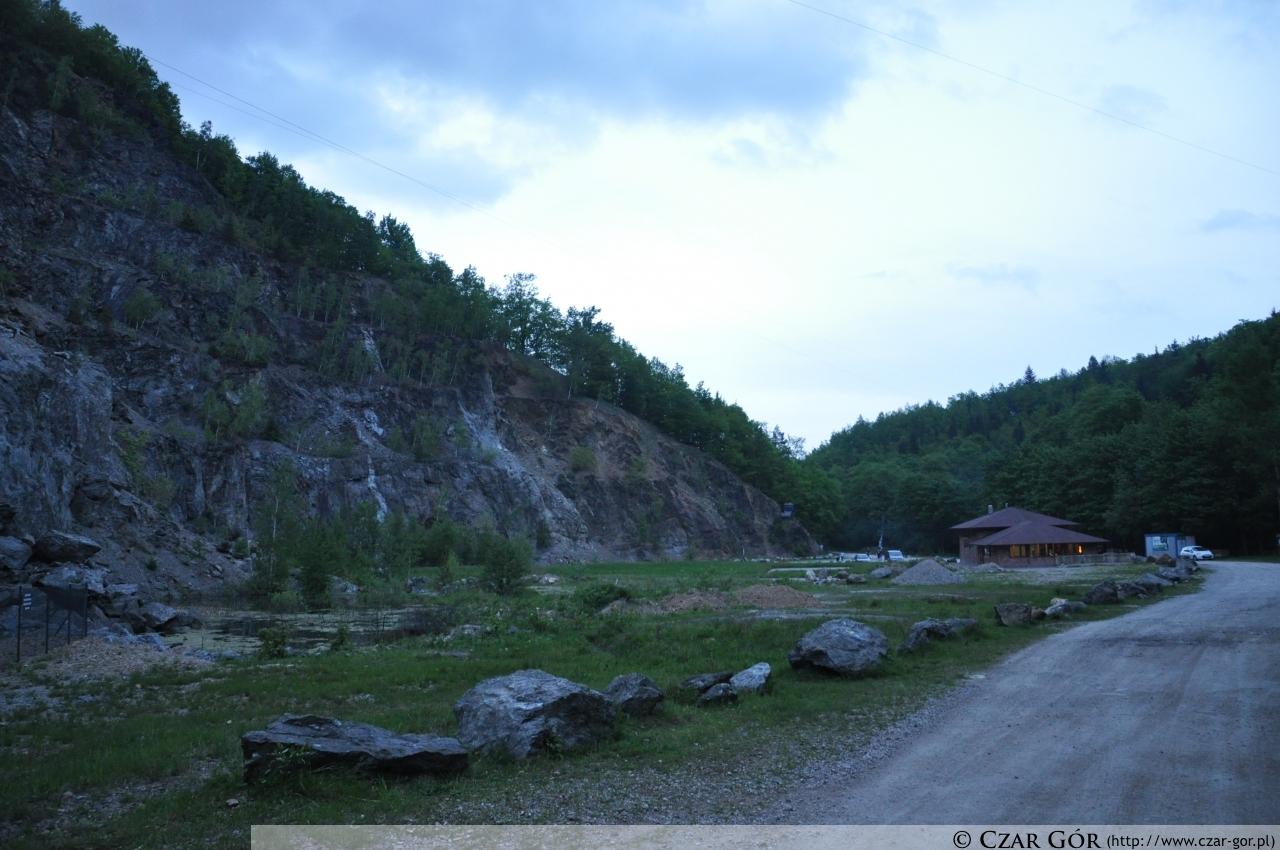 Skalisko - miejsce startu i mety zawodów dogtrekkingu w Złotym Stoku 2013